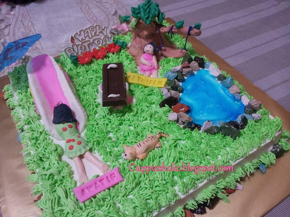 Cuppiesholic Playground Theme Cake