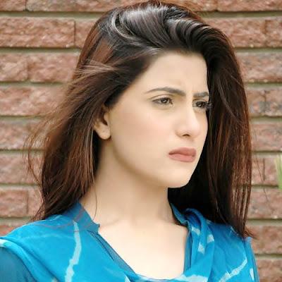 Pakistani Beautiful Actress Sohai Ali Abro Cute Pictures