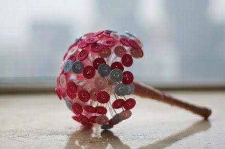 Làm Bó Hoa Valentine Handmade Từ Nút Áo