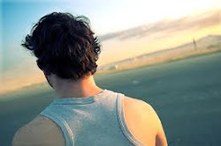 Como tu espalda, nunca vi nada, dejándome atrás