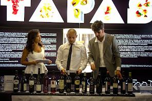 Paula Arcila nos presenta los Premios Vino para Tapas. The Moore Building.