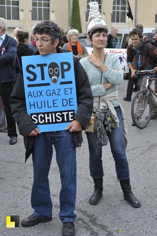 manifestant attendant le départ de la manifestation de montélimar photo blachier pascal