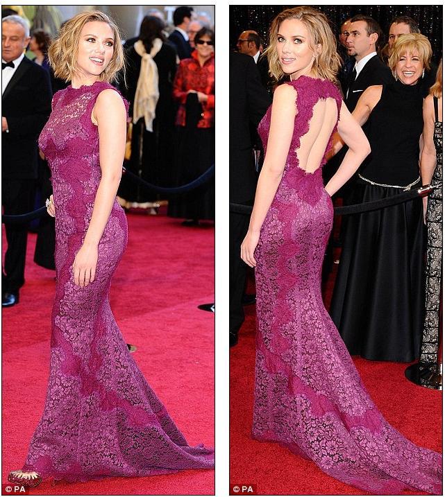 scarlett johansson oscars 2011 red carpet. Scarlett Johansson opted