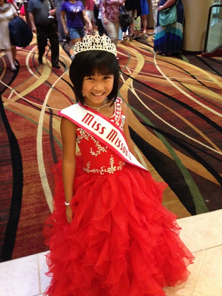 ... as your 2014 National American Miss Junior Pre-Teen, Emily Ann Burns