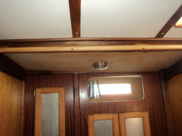 Boat ceiling