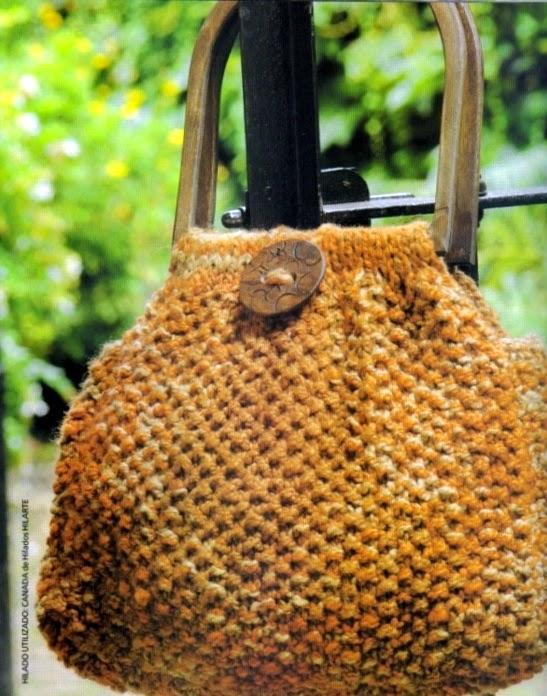 Cartera artesanal tejida con dos agujas crochet y dos - Como hacer bolsos tejidos ...