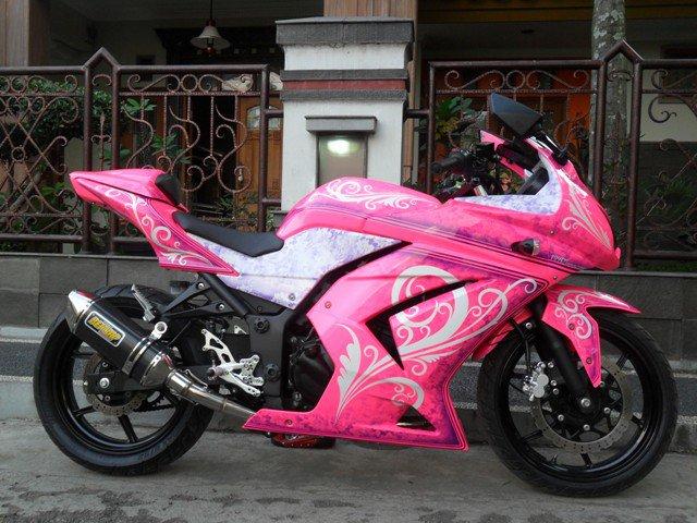 Koleksi Modifikasi Keren Motor Kawasaki Ninja 250R title=
