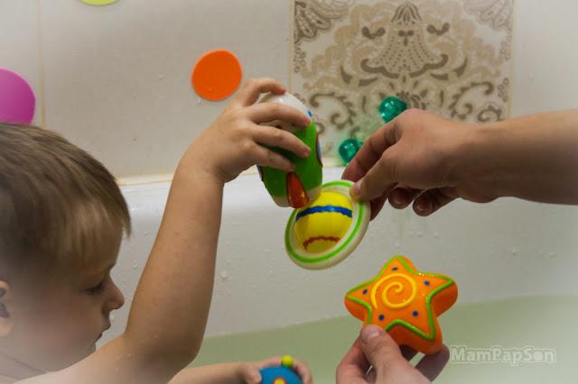 играем с ребенком в космос в ванной