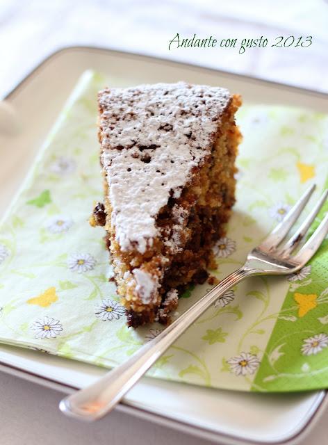 torta di pan grattato, amaretti e cioccolata: odio il cambio di stagione!