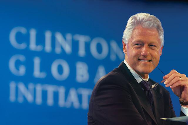 Μυστικές συναντήσεις TH NYXTA Μ.Κλίντον με πολιτικούς και επιχειρηματίες