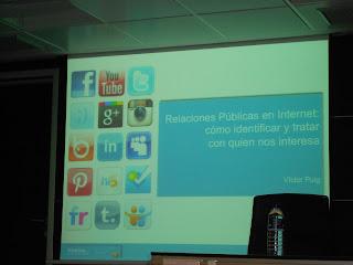 Imagen de la presentación de la jornada: Relaciones Públicas en Internet - Víctor Puig