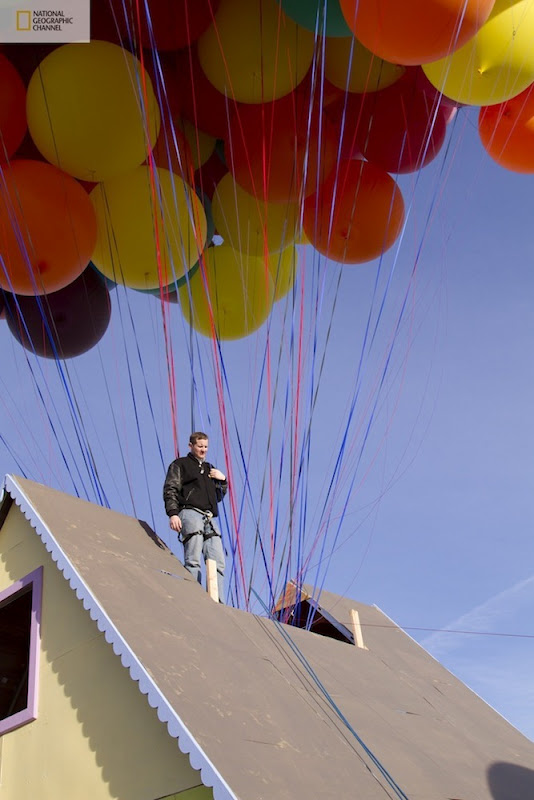 صور منزل يطير باستخدام البالونات !! مشروع جديد مستوحى من فيلم ديزني up floating-house6%5B2%