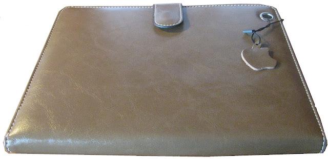 http://www.liberaris.com/es/accesorios/27-funda-cuero-para-ipad-2-3-y-para-tablets-9-y-97.html