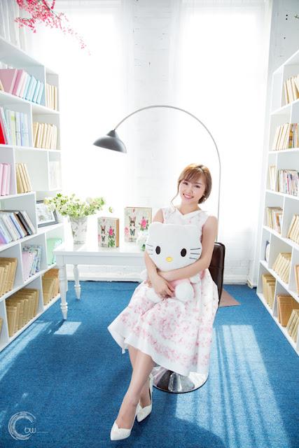 Bảo Ngọc, thường gọi Ngọc Mint. Cô sinh năm 1992, từng theo học Đại học Sân khấu Điện ảnh.
