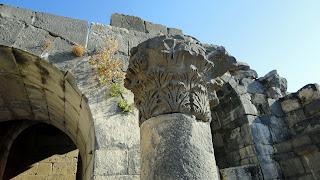 A column crown