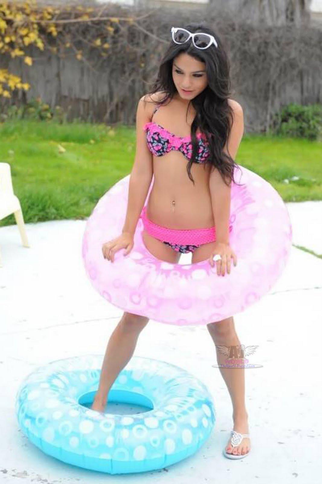 http://2.bp.blogspot.com/-Bwy7K3JvEHE/Td0q2FRU7DI/AAAAAAAAAWI/pgdsd3YsOXk/s1600/Vanessa+Hudgens+Latest+Unseen+Photos+In+Bikini+2011+-+theajworld.blogspot.com+%25284%2529.jpg