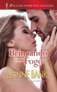 http://felicidadeemlivros.blogspot.com.br/2014/09/resenha-brincando-com-fogo.html