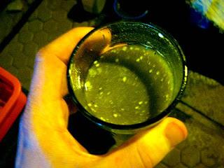 Bhang, Bebida Típica Indiana Feita Com Leite E Maconha