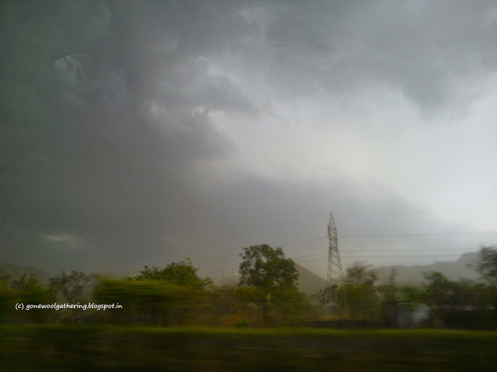 stormy sky pune expressway gonewoolgathering.blogspot.in
