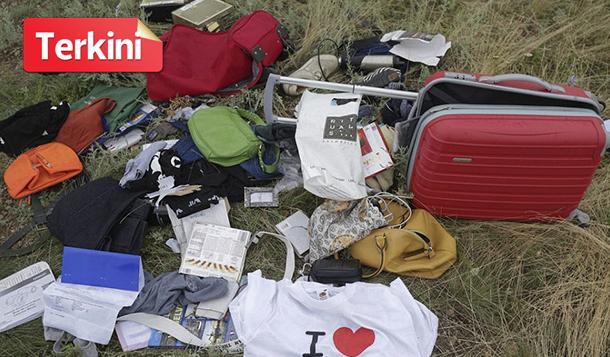 Perompak Curi Barang Barang Berharga Milik Mangsa MH17