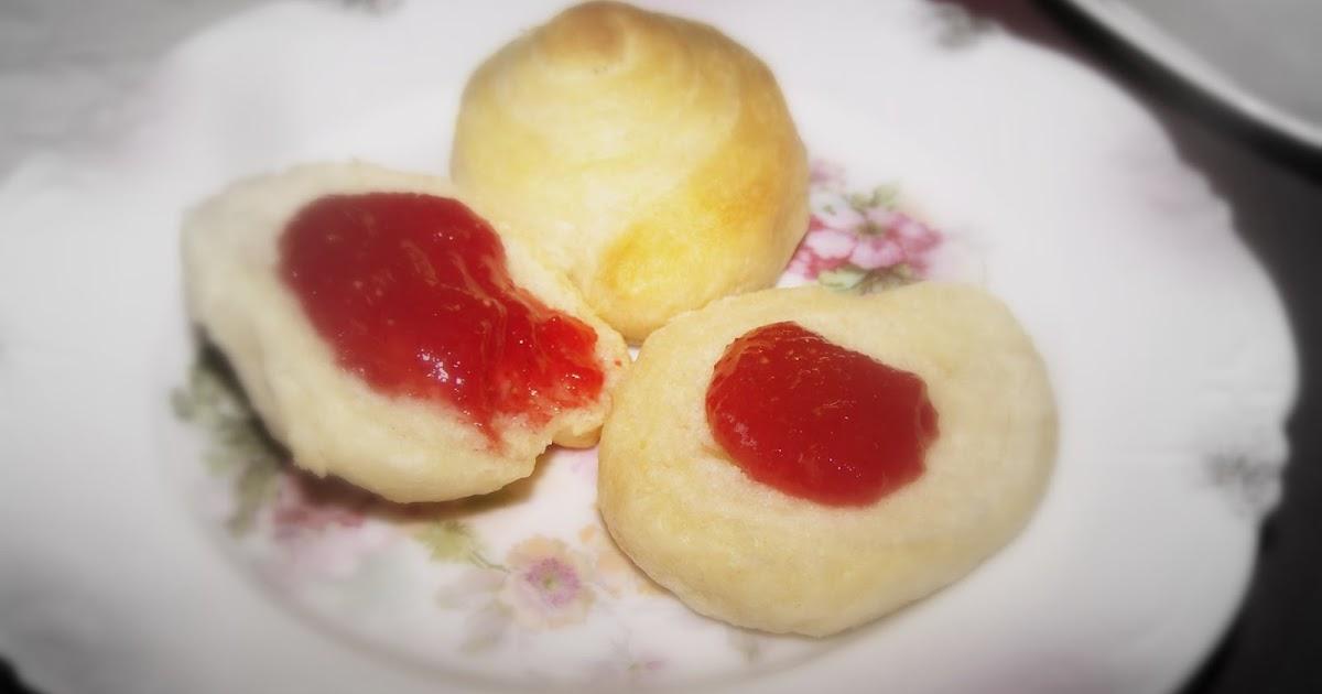 TheKitchenCookie: Super Easy Strawberry Jam