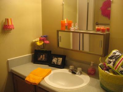 pinkhoneybeee college dorm apartment bedding amp bath ideas 25 best ideas about neutral bathroom on pinterest diy