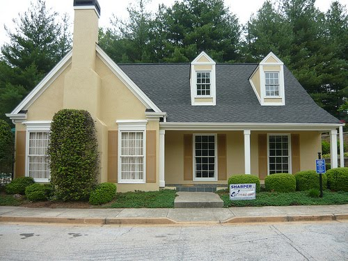 Exterior home painting cost home painting ideas - Cost to paint home exterior ...