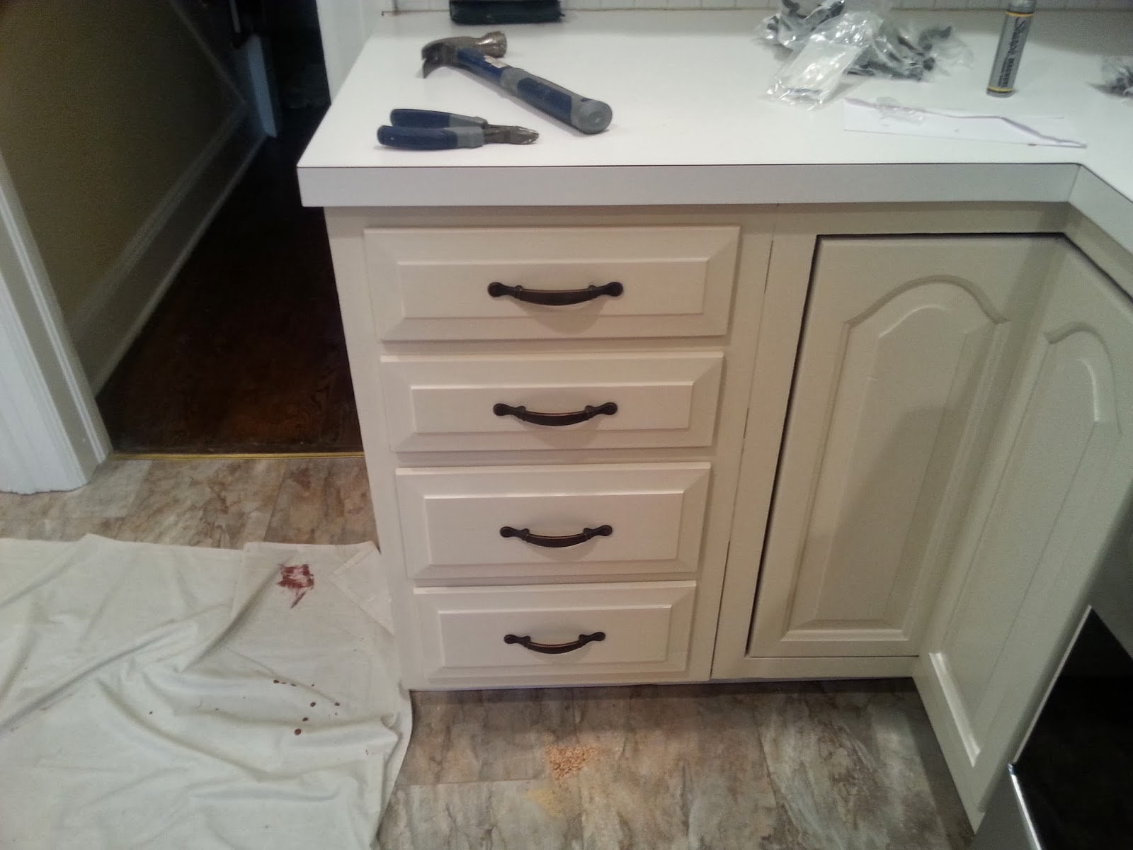 Kitchen cabinets teaneck nj - The Cabinets Were Painted With Benjamin Moore Aura Semi Gloss The Color Is Lamb Skin Oc 3 Three Finish Applications Were Performed This Took 2 Days