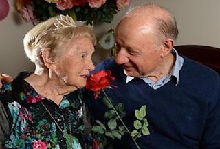 Akhirnya....!!! Nenek Berumur 106 Tahun Ini Menemukan Cinta Sejatinya
