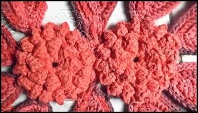 Flor de Crochê com pétalas em relevo e passo a passo