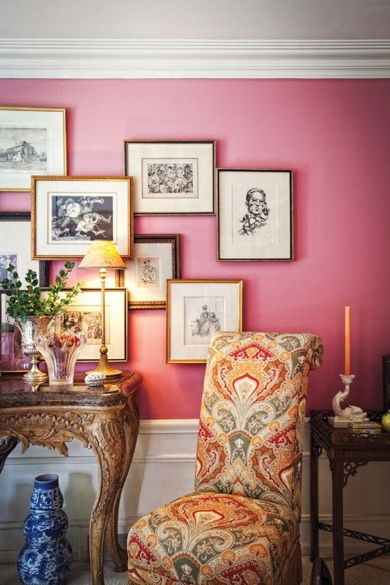 Chinoiserie Chic: The Feminine Gallery Wall