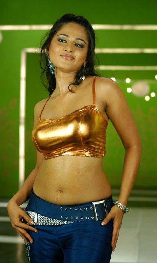 Hot Anushka shetty Stunning N Sexy Latest Pics