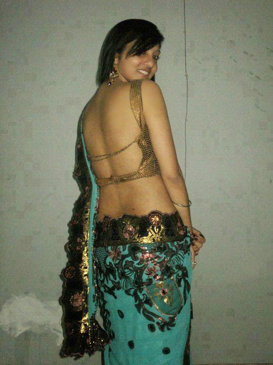 Indian Girls In Saree Pic