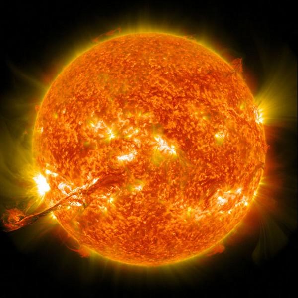 Eyección de Masa Coronal en el Sol