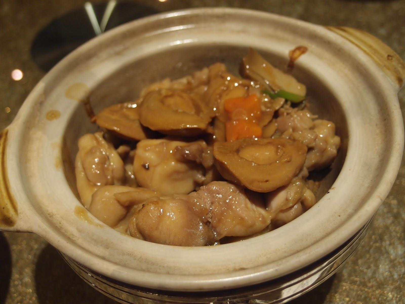 砂煲鲍鱼焖鸡