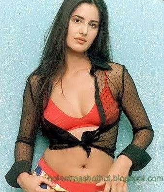 katrina kaif hot pics in red bra