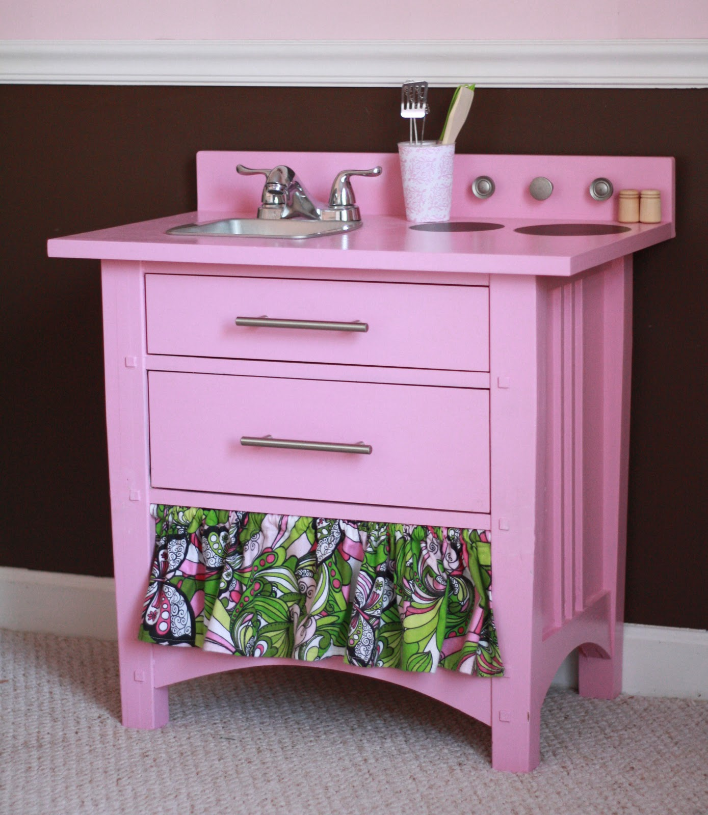 The fast lane nightstand play kitchen makeover for Little girls nightstand