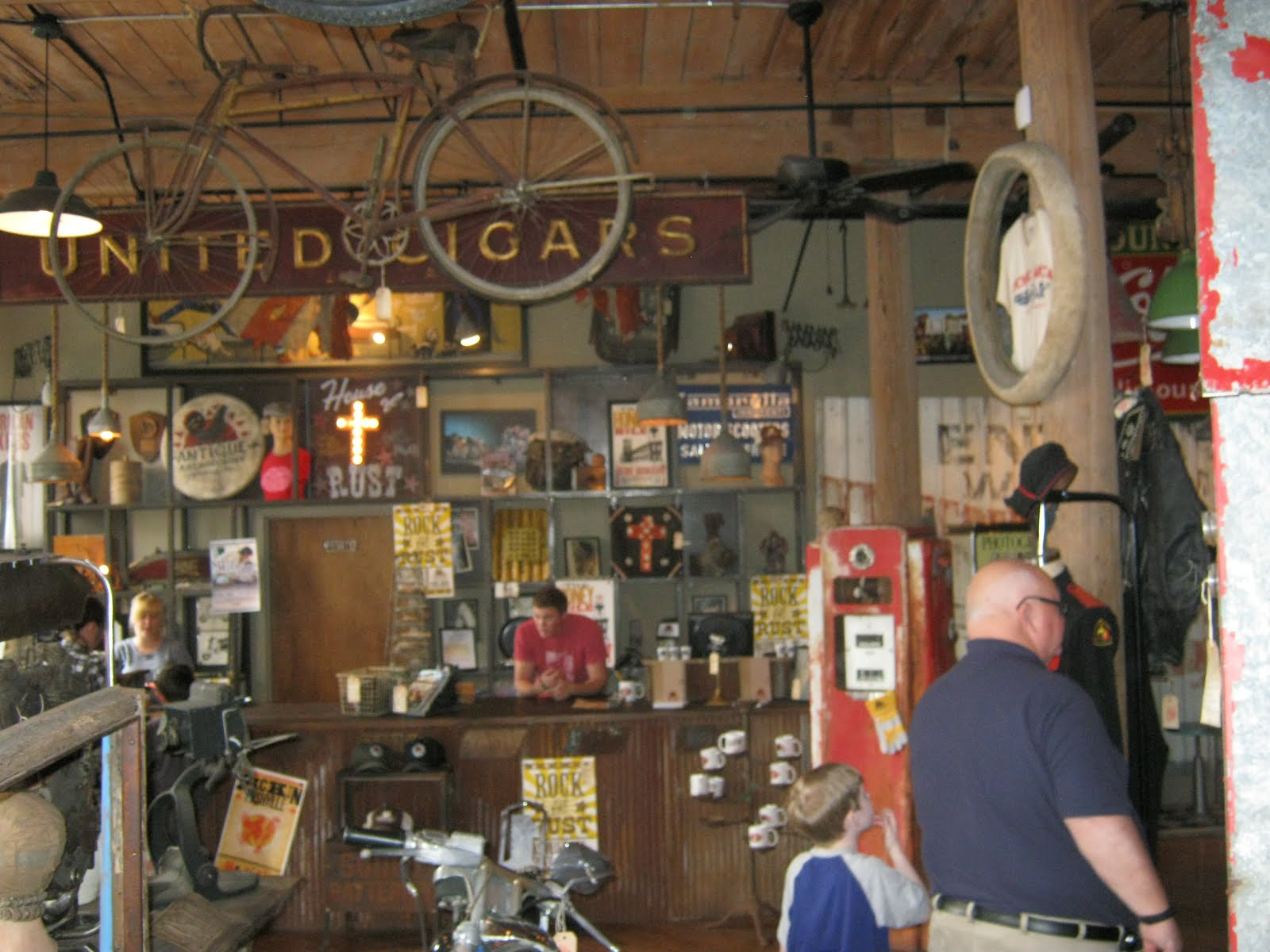 What my dad saw american pickers nashville tennessee for Antique stores in nashville