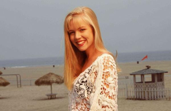 Δεν θα πιστεύετε πως είναι σήμερα η Κέλλυ από το Beverly Hills 90210