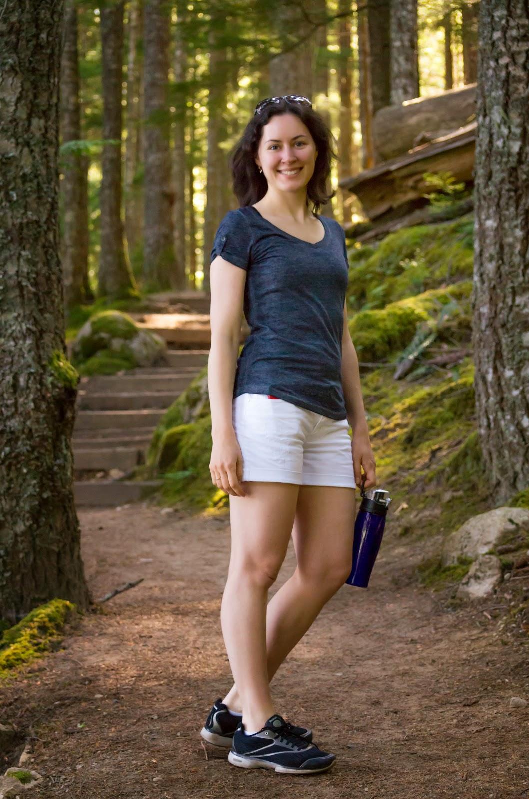 К лесной прогулке готовы.