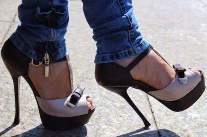 New black and white high heel shoes with blue jeans