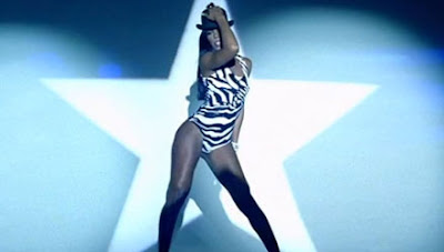 "New Video : Kelly Rowland ""Down For Whatever"""