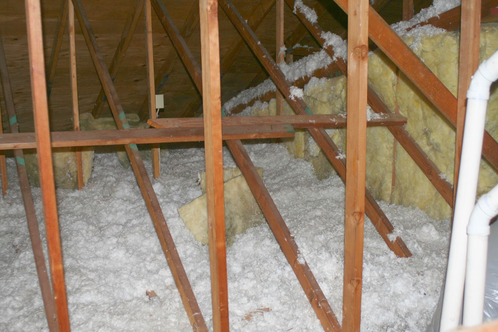 Energy conservation how to daring to collapse and rebuild for Loose fill fiberglass insulation