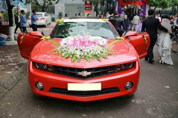 Cho thuê xe cưới tại Hà Nội - Dịch vụ cho thuê xe hoa giá rẻ