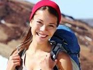 7 Pesona yang Dimiliki Wanita Hobi Traveling
