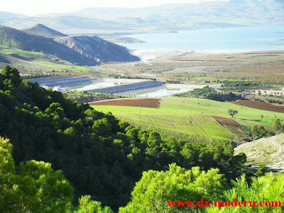 صورة منطقة الكاريار بعمي موسى على ضفاف سد قرقار