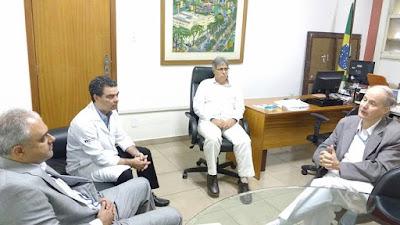 DEPUTADO JAIR BITTENCOURT VISITA HOSPITAL UNIVERSITÁRIO PEDRO ERNESTO NO RIO