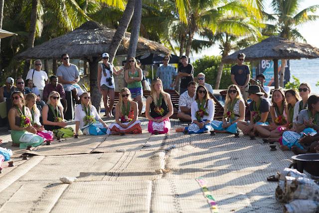 40 Opening Ceremony 2015 Fiji Womens Pro Fotos WSL Kirstin