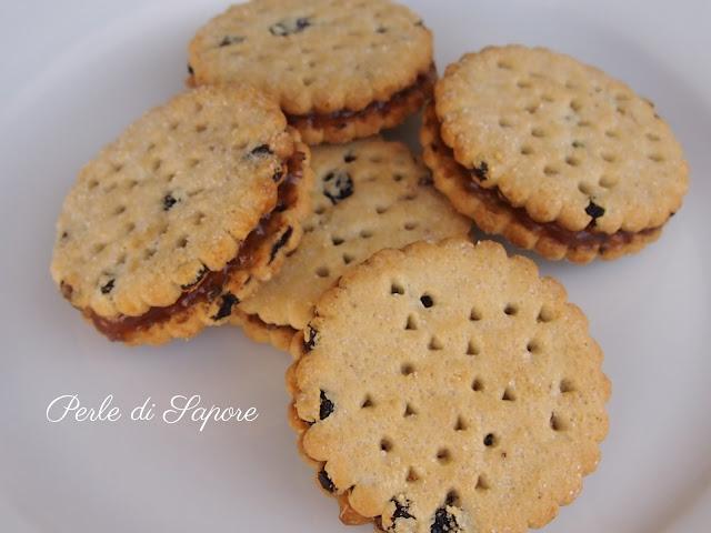 biscotti con mcvitie's alla frutta e marmellata