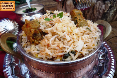 We all love this aromatic vegetarian biryani, it 's Delicious !!